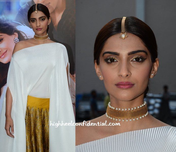 sonam-kapoor-suhani-pittie-prem-ratan-press-meet