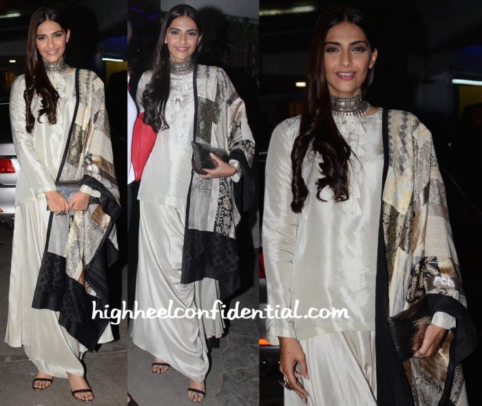Sonam Kapoor Wears Anamika Khanna To Bajirao Mastani Screening-2