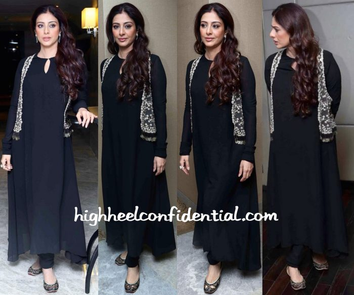 Tabu Wears Sabyasachi To Perfect Strokes Season 2 Event In Delhi-1
