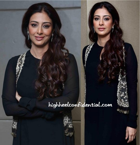 Tabu Wears Sabyasachi To Perfect Strokes Season 2 Event In Delhi-2