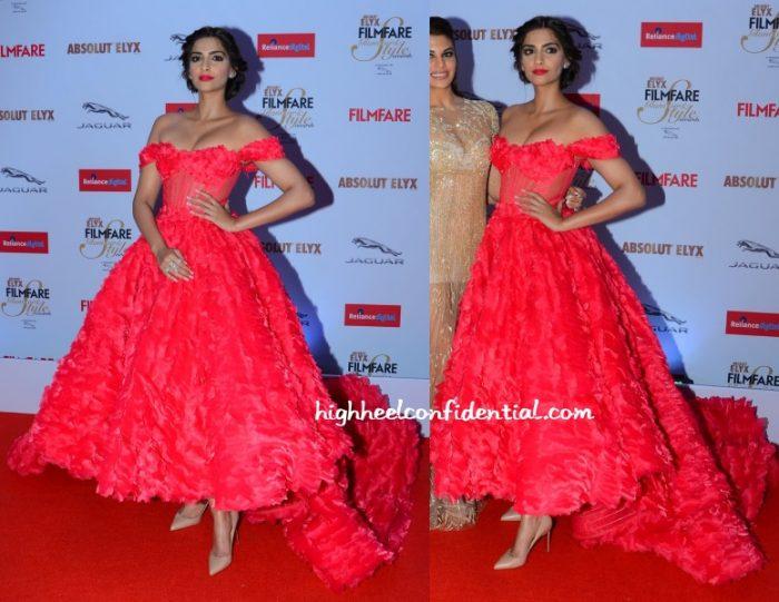 sonam-kapoor-michael-cinco-filmfare-glamour-style-awards-2015-2