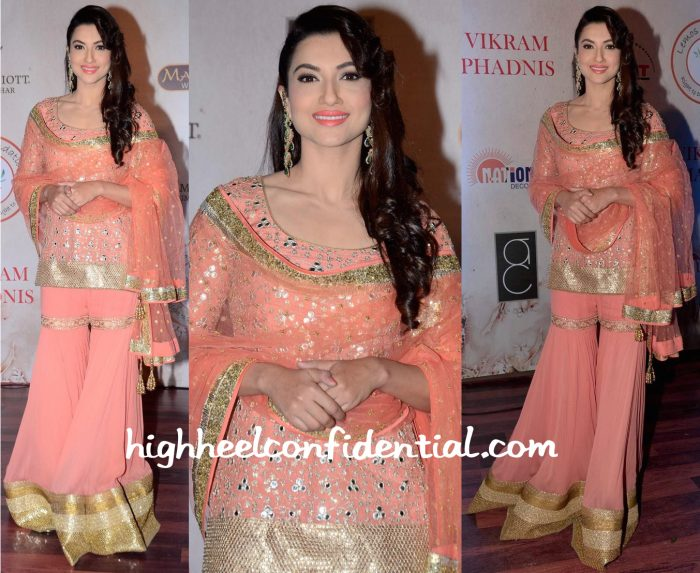 Gauahar Khan At Vikram Phadnis 25th Anniversary Show