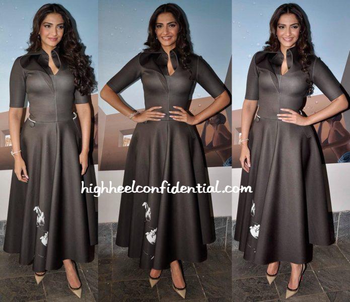 Sonam Kapoor Wears A Dolly J Dress To Neerja Promotions-1