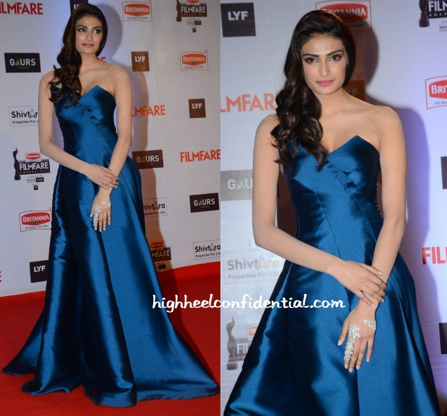 athiya-shetty-monisha-jaising-filmfare-awards-2016