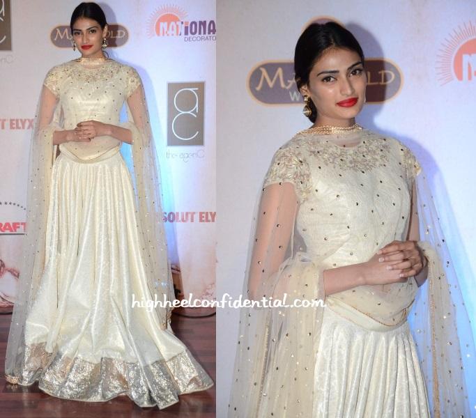 athiya-shetty-vikram-phadnis-25th-anniversary-fashion-show