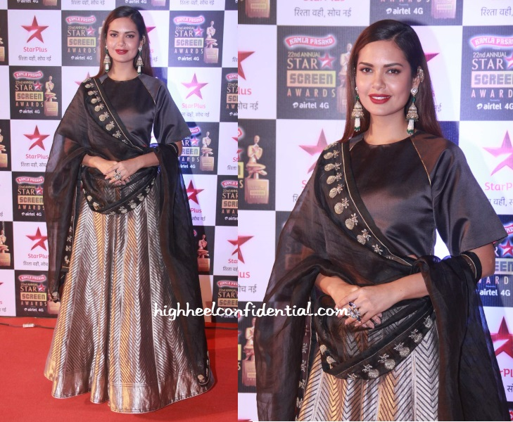 esha-gupta-sanjay-garg-star-screen-awards-2016