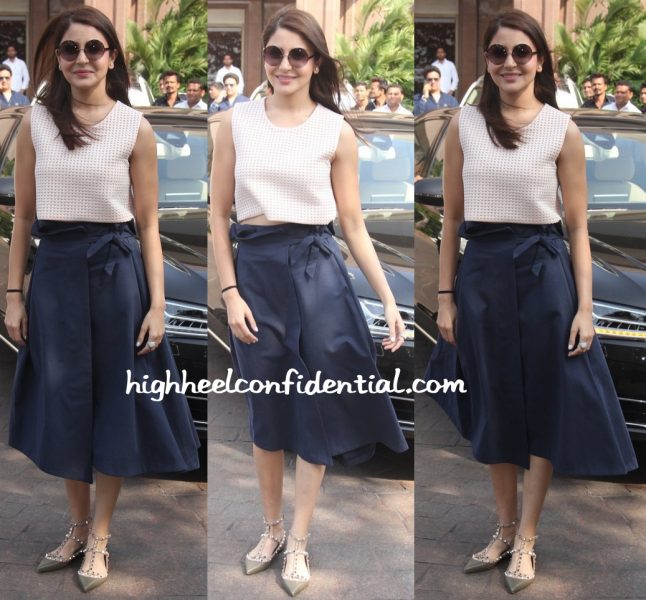 Anushka Sharma In Marks And Spencer At Arpita Khan's Baby Shower-1