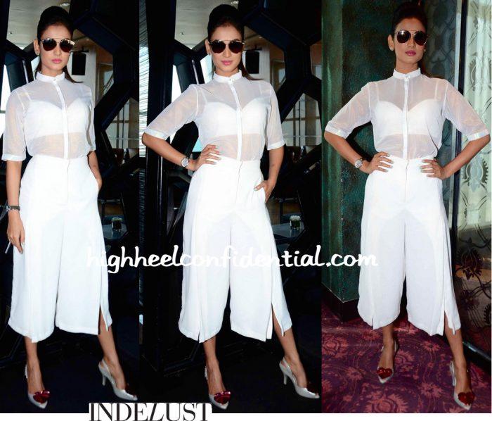 Sonal Chauhan Wears Nishka Lulla To Lakme Fashion Week Model Auditions-1