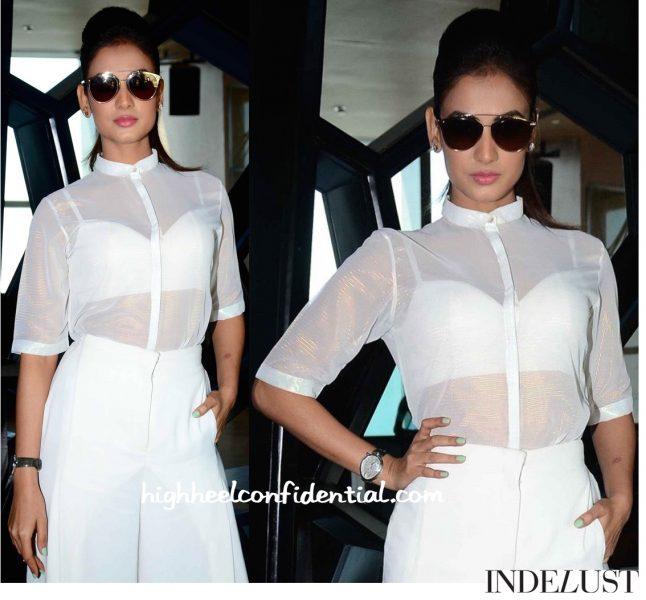 Sonal Chauhan Wears Nishka Lulla To Lakme Fashion Week Model Auditions-2