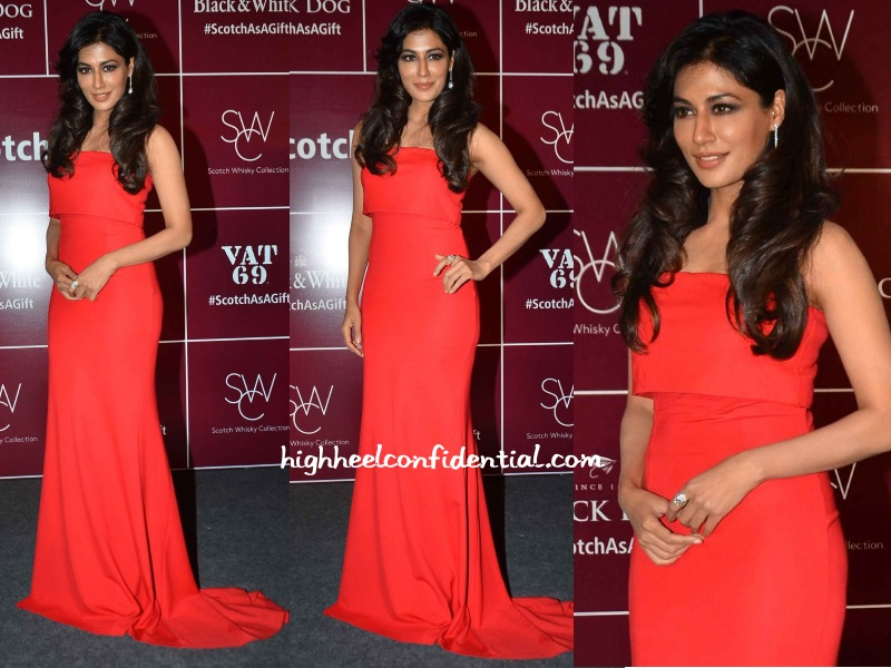 chitrangda-singh-victoria-beckham-black-dog-event