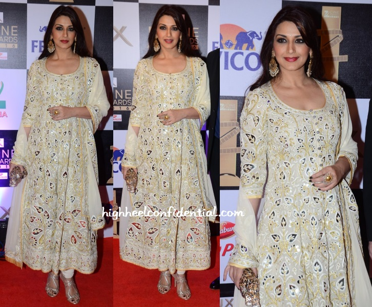 sonali-bendre-abu-sandeep-zee-cine-awards-2016