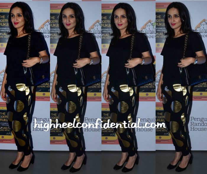 Anu Dewan In Moschino At Sonali Bendre's Book Launch