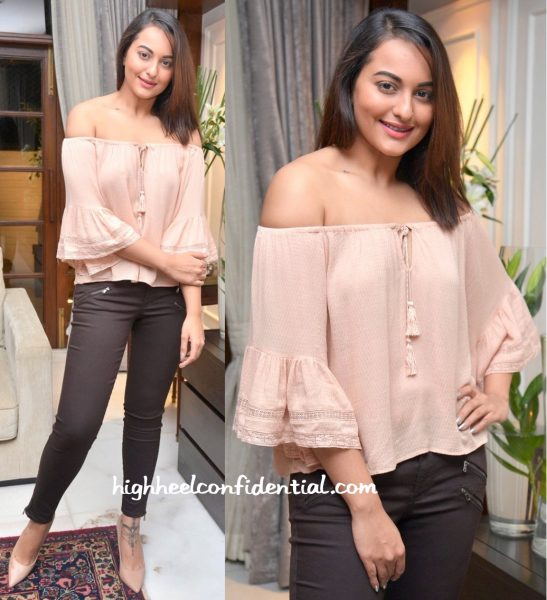 Sonakshi Sinha At Manish Malhotra's Dinner Party-2
