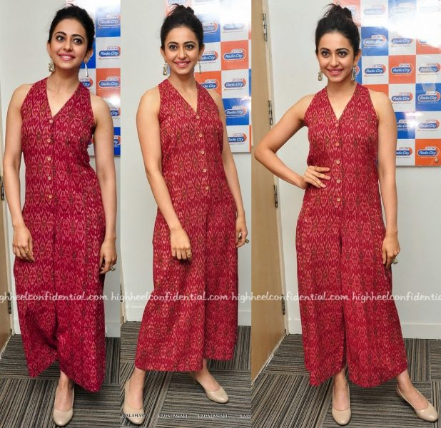 Rakul Preet Singh At 'Sarainodu' Promotions