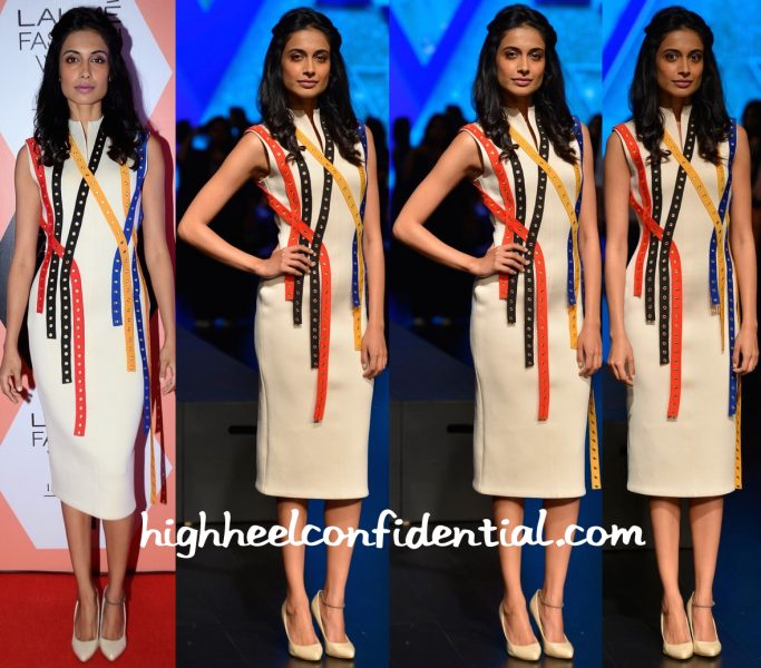 Sarah Jane Dias In Tanieya Khanuja At Lakme Fashion Week Summer Resort 2016