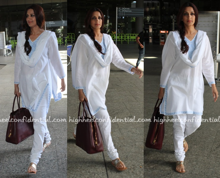 sonali-bendre-mumbai-airport-arrival