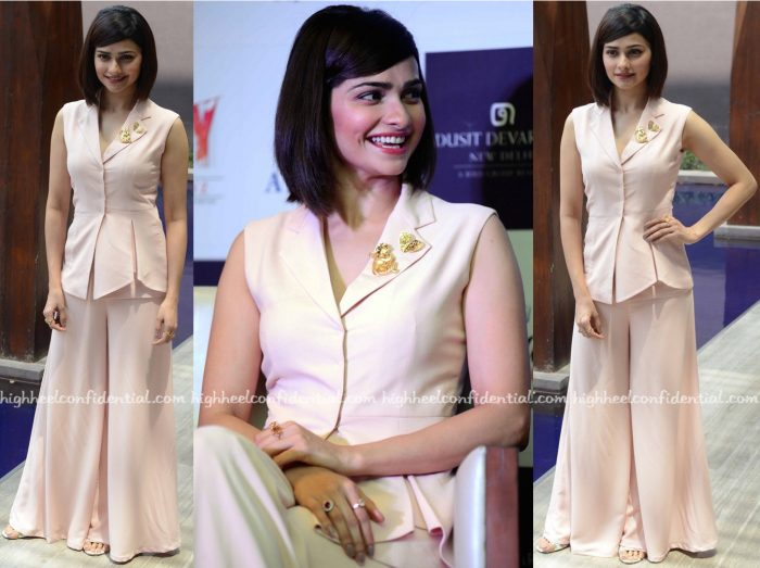 Prachi Desai In Manika Nanda And Mrinalini Chandra At Azhar Promotions-1