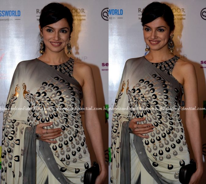 Divya Khosla Kumar Wears Malini Ramani To Smile Foundation Charity Event-2