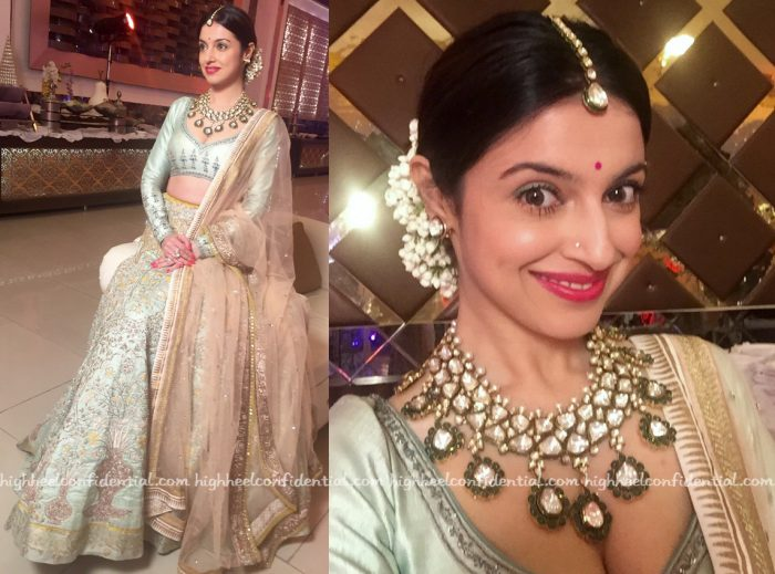 Divya Khosla Kumar In Anju Modi At A Wedding