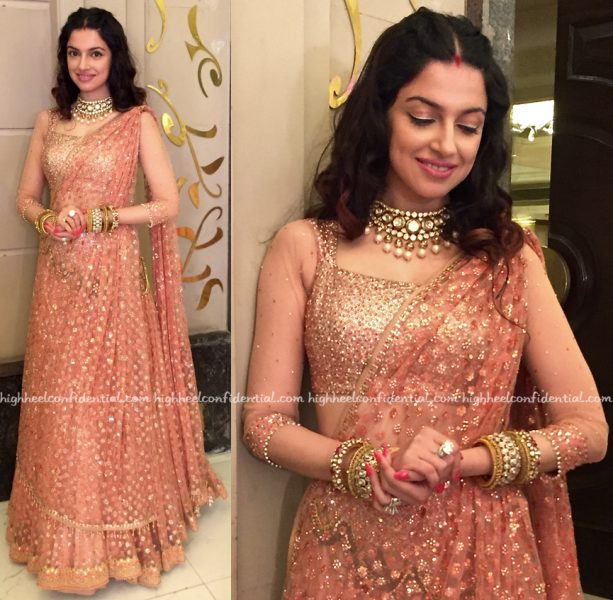 Divya Khosla Kumar In Tarun Tahiliani At A Wedding