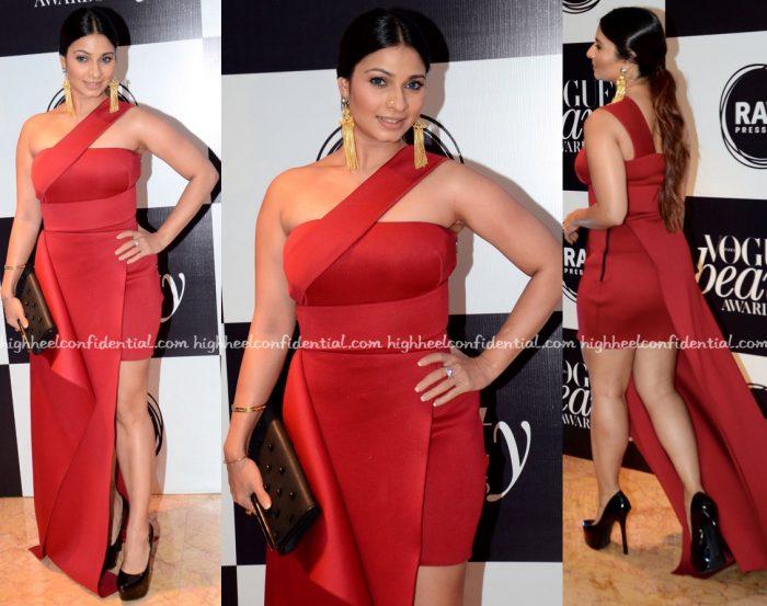 Tanishaa Mukerji In Gauri And Nainika At Vogue Beauty Awards 2016