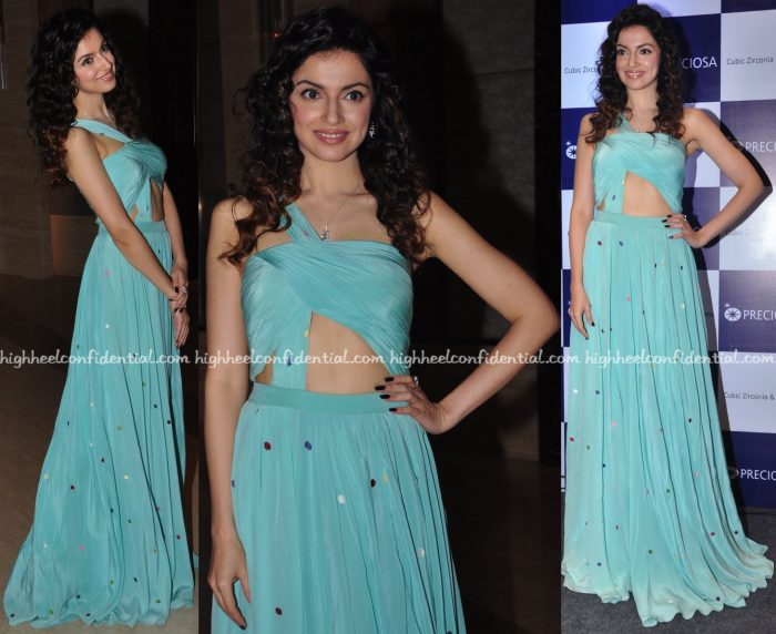 Divya Khosla Kumar In Deepankshi & Reena At Preciosa Event-1