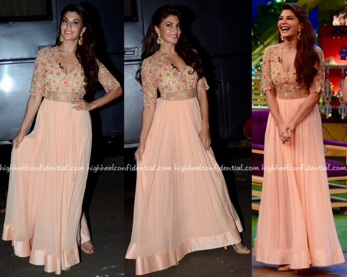 Jacqueline Fernandez Wears Ridhi Mehra To The Kapil Sharma Show Sets For A Flying Jatt Promotions-1
