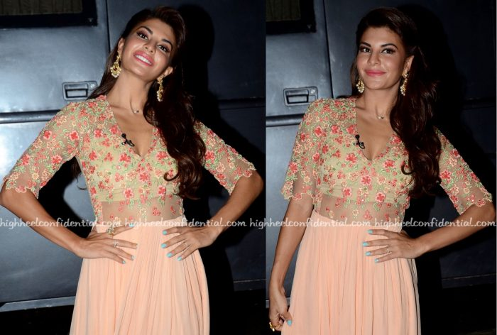 Jacqueline Fernandez Wears Ridhi Mehra To The Kapil Sharma Show Sets For A Flying Jatt Promotions-2