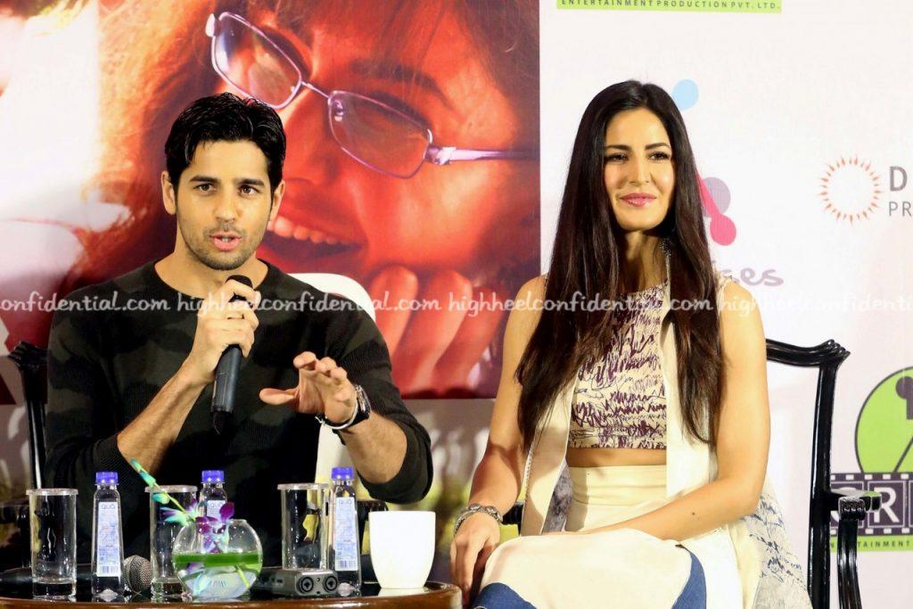 Katrina and Siddhartha Malhotra in town (22)