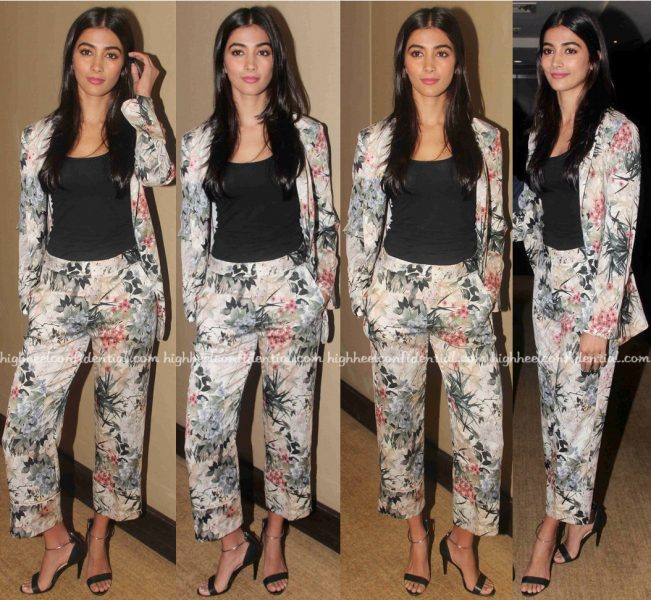 Pooja Hegde At Mohenjo Daro Promotions-1