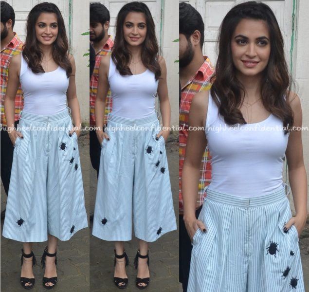 Kriti Kharbanda Wears Aniket To Raaz Promotions