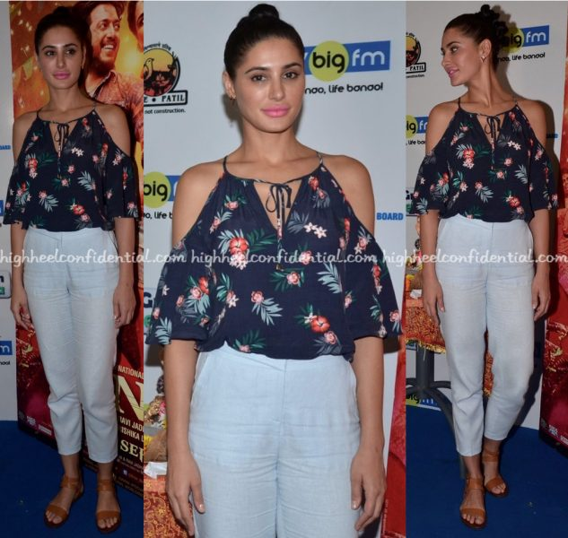 nargis-fakhri-wears-marks-and-spencer-to-banjo-promotions-2