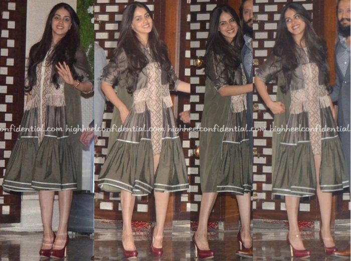 genelia-deshmukh-in-am-it-at-mami-mumbai-film-festival-2016-opening-night-2