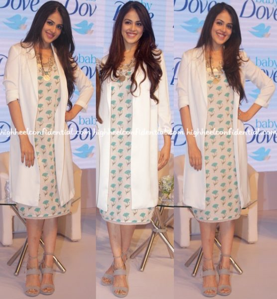 genelia-deshmukh-in-nicobar-at-baby-dove-launch-1