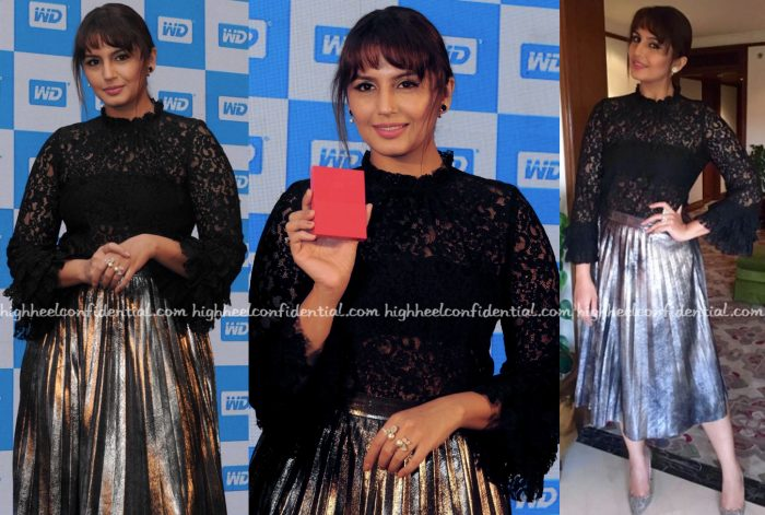 huma-qureshi-wears-zara-to-wd-launch-1