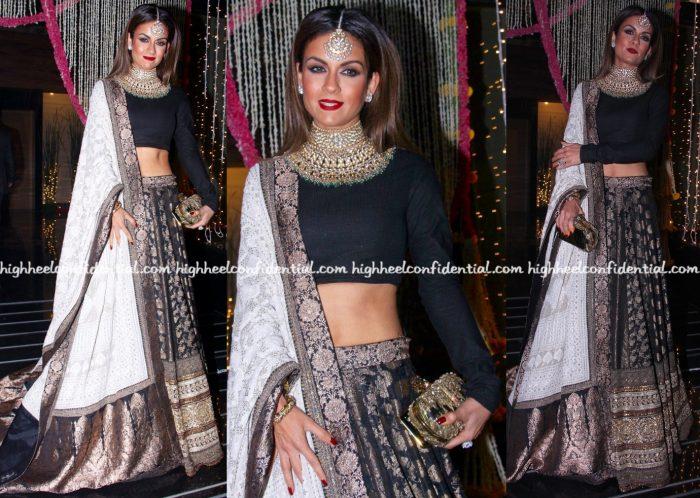 natasha-poonawalla-wears-sabyasachi-to-bachchans-diwali-bash-1