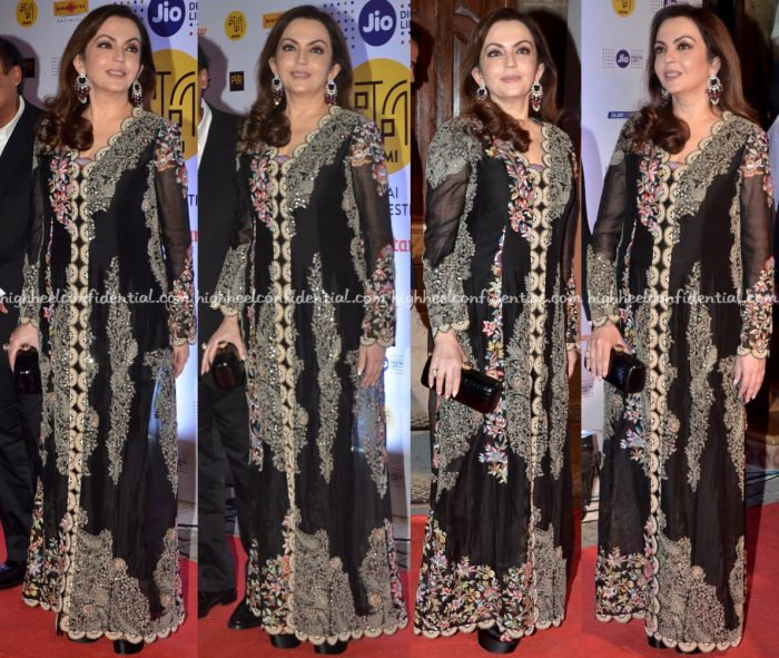 nita-ambani-in-anamika-khanna-at-mami-mumbai-film-festival-2016-opening-night