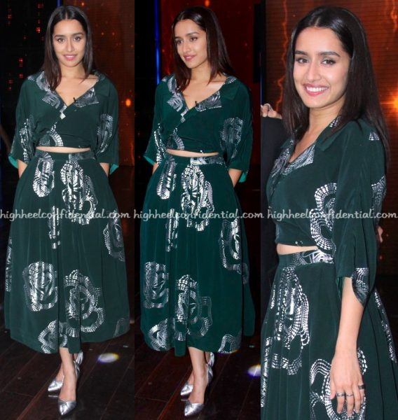 shraddha-kapoor-wears-urvashi-joneja-to-yaaron-ki-baraat-sets-for-rock-on-2-promotions-2