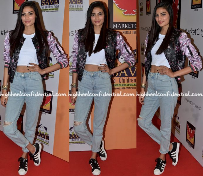 athiya-shetty-wears-hm-to-save-the-children-event