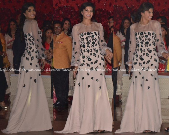 jacqueline-fernandez-in-andrew-gn-at-manish-malhotras-show-at-antilla-1