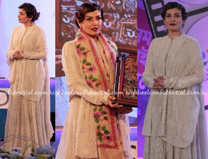 raveena-tandon-anamika-khanna-couture-kolkata-film-festival-closing-1
