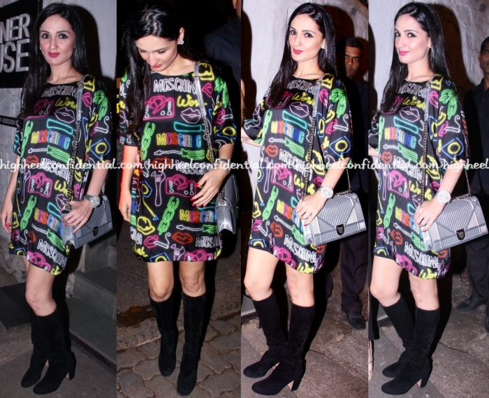 anu-dewan-in-moschino-at-farah-ali-khans-christmas-bash