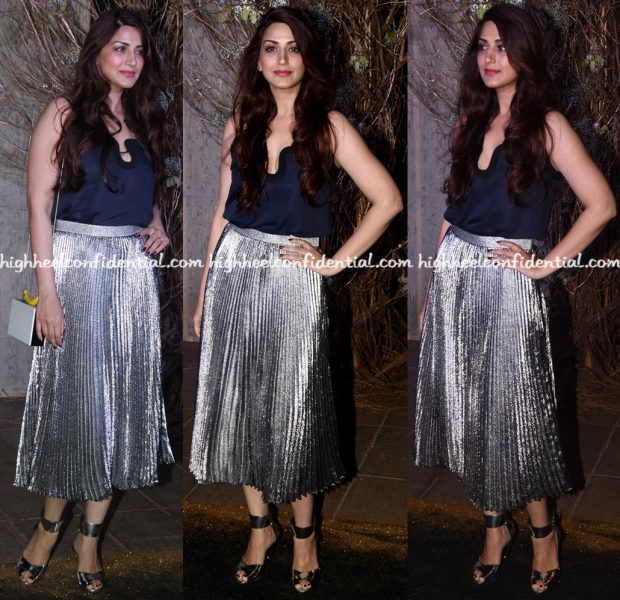 sonali-bendre-wears-victoria-beckham-and-christopher-kane-to-manish-malhotras-50th-birthday-do-2