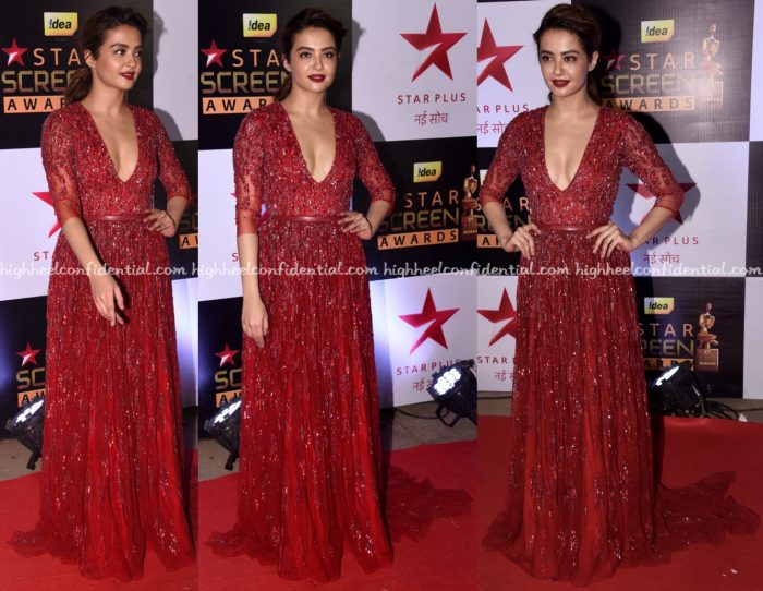 surveen-chawla-at-screen-awards-2016-1