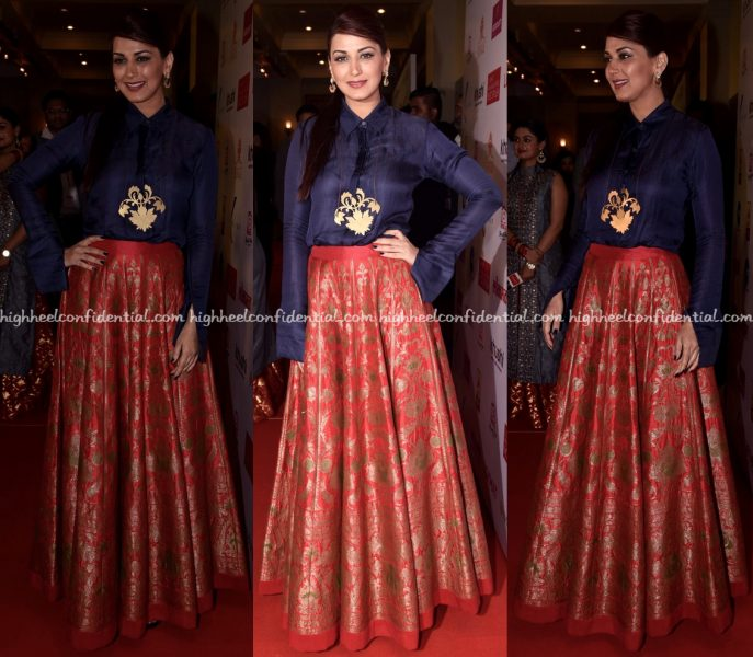 Sonali Bendre Wears Payal Khandwala To Lokmat Maharashtra Most Stylish 2017 Awards-1