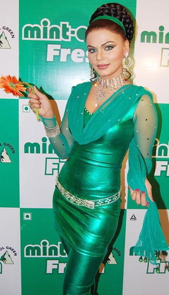 rakhi-minto-green.jpg