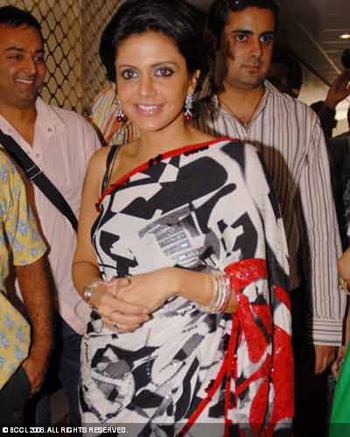 mandira-bedi-black-white-red-sari.jpg