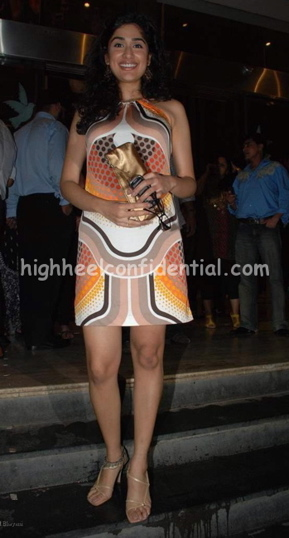 anjana-zaveri-bachna-ae-haseeno-screening-printed-dress.jpg