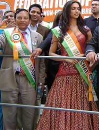 deepika_padukone_india_day_grand_marshal.jpg