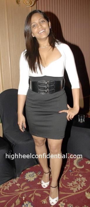 meghna-naidu-khatron-ka-khiladi-black-and-white-outfit.jpg